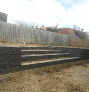 Grande Block Wall